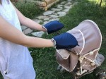 Waterproof merino gloves blue for a stroller
